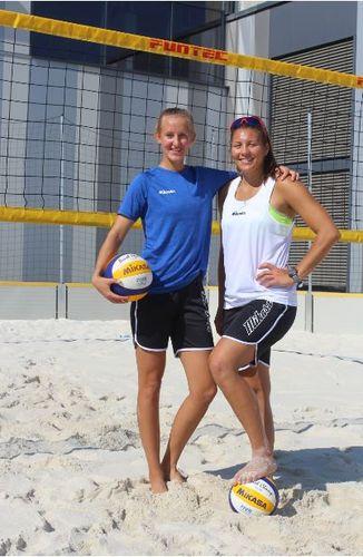 Beach-Volleyball-Topteam Leonie Klinke und Lena Ottens setzen auf MIKASA